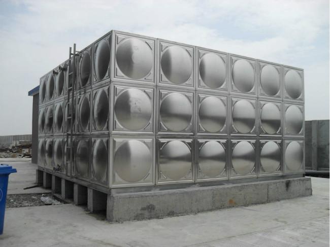 不锈钢水箱内胆应如何进行选择?